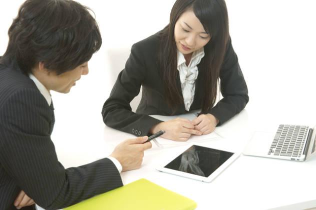 社労士は通信講座をベースとして独学で苦手個所を補完