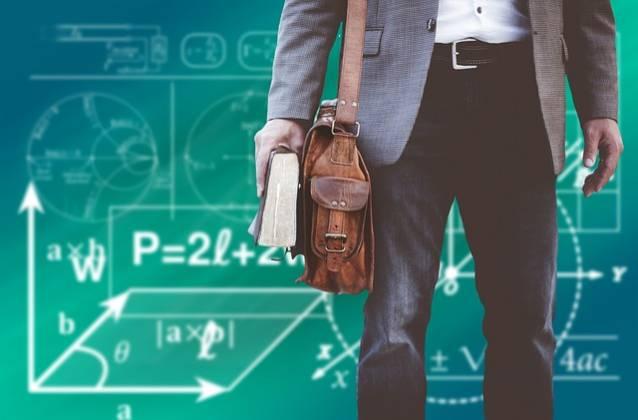 応用情報技術者試験は転職では役に立たない?取得してアピールした結果